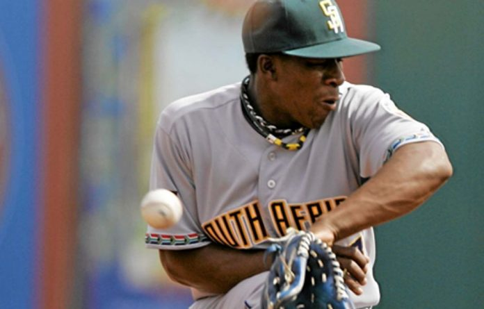 Gift Ngoepe is the first black South African to be offered a professional baseball contract.