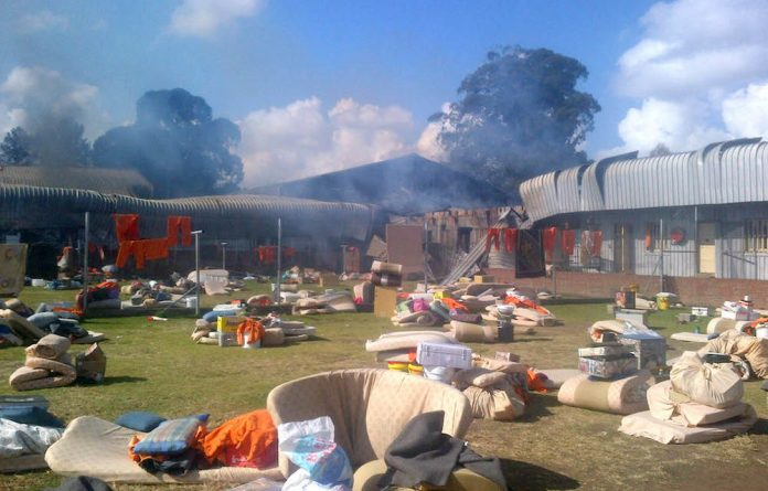The Glencoe prison on fire in KwaZulu-Natal.