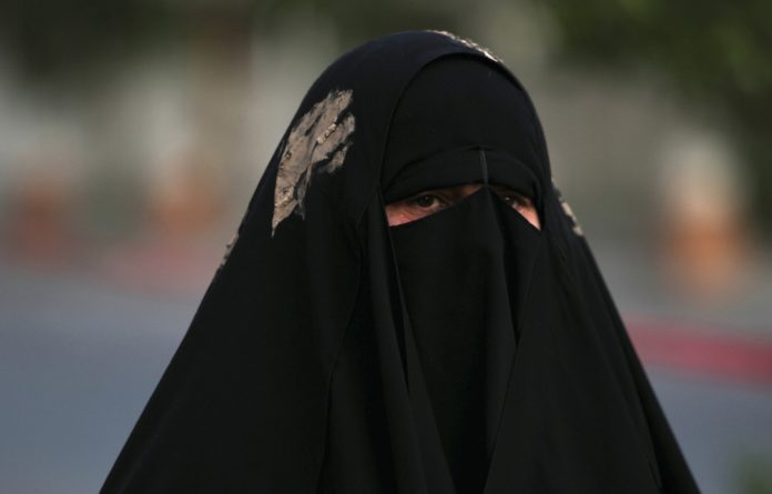 The full Islamic veil has banned in Niger.