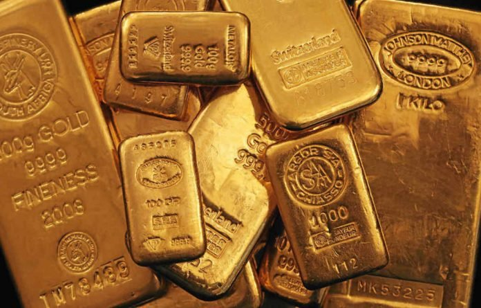 Inside information favours those setting the gold price.