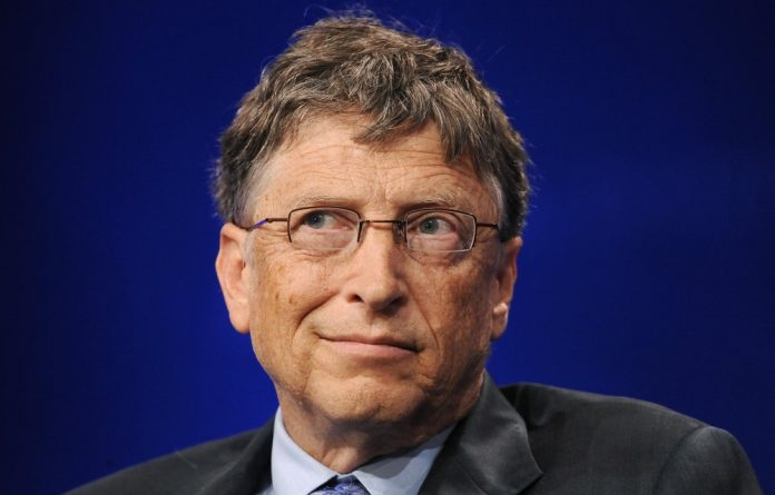 Bill and Melinda Gates believe poor people's live will change rapidly in the near future. M&G's Health reporter Amy Green speaks to Bill Gates.