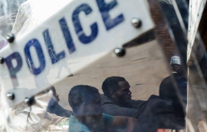 (Jekesai Njikizana/AFP/Getty Images)