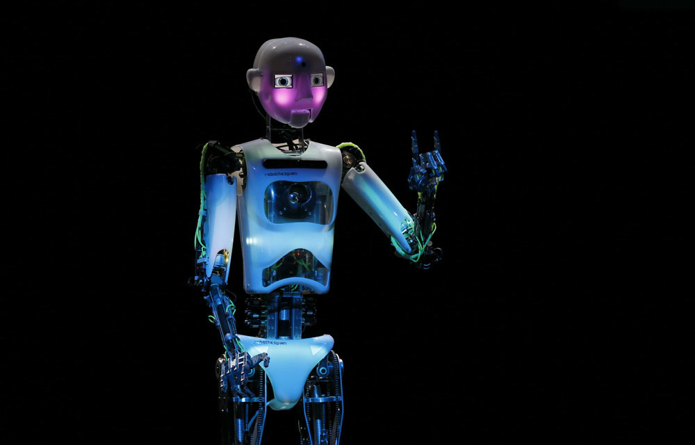RoboThespian: The first commercial 'performing robot' - The Mail & Guardian