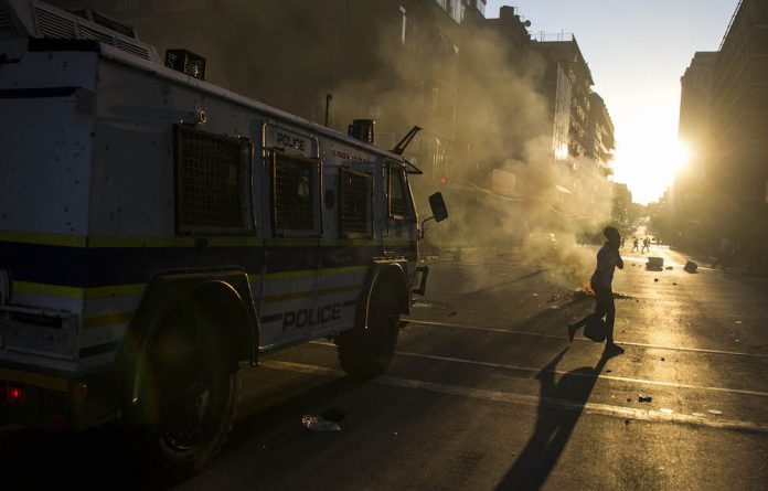 Various factors cause violent protests: authorities ignoring peaceful protests and reacting to violence with violence