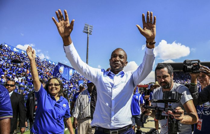 Democratic Alliance leader Mmusi Maimane and Patricia de Lille present a united front ahead of the 2016 municipal elections. Their relationship has since soured.