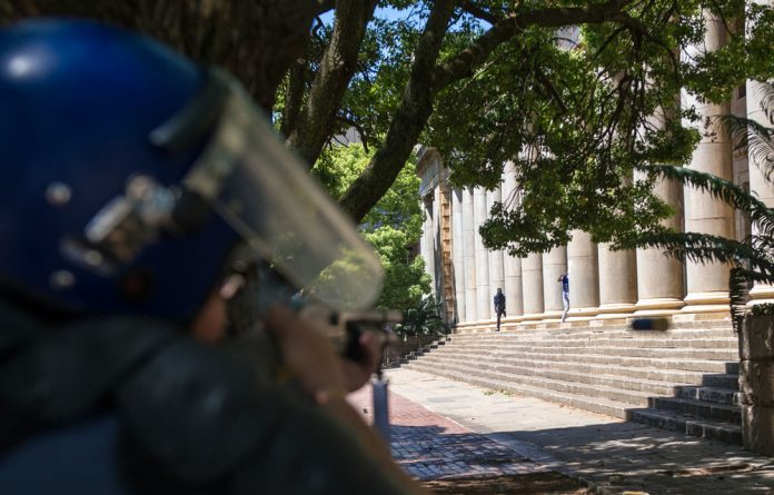 Police clashes continue in and around Wits University.