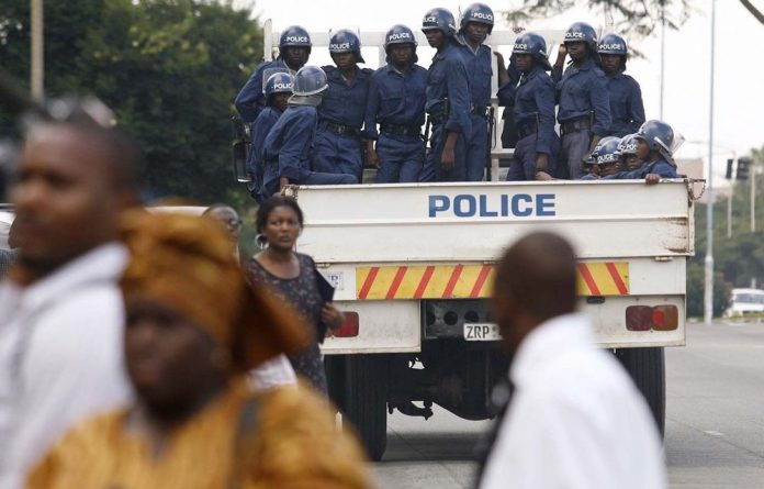 The Zim police have been accused of intimidating voters in previous polls.