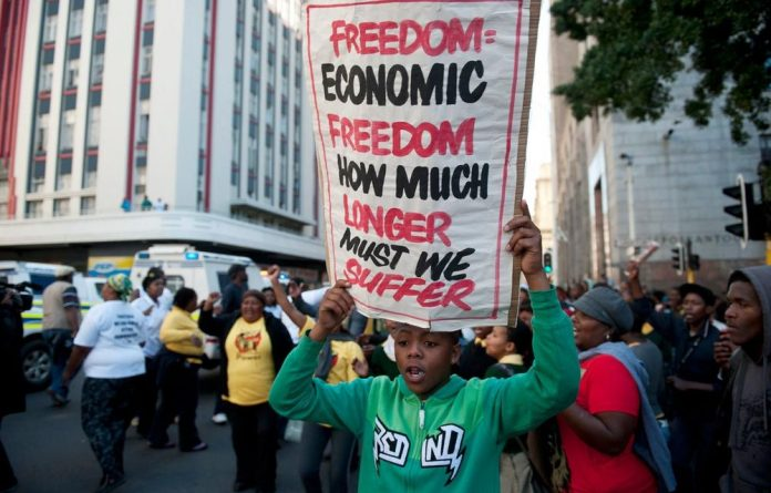 ANC Youth League marched to Premier Helen Zille's offices in the Cape Town city centre.