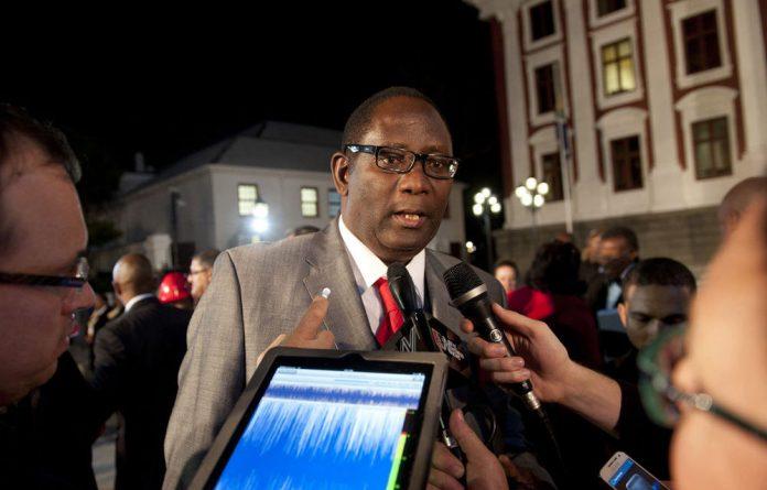 Cosatu says it expects Zwelinzima Vavi to explain his conduct