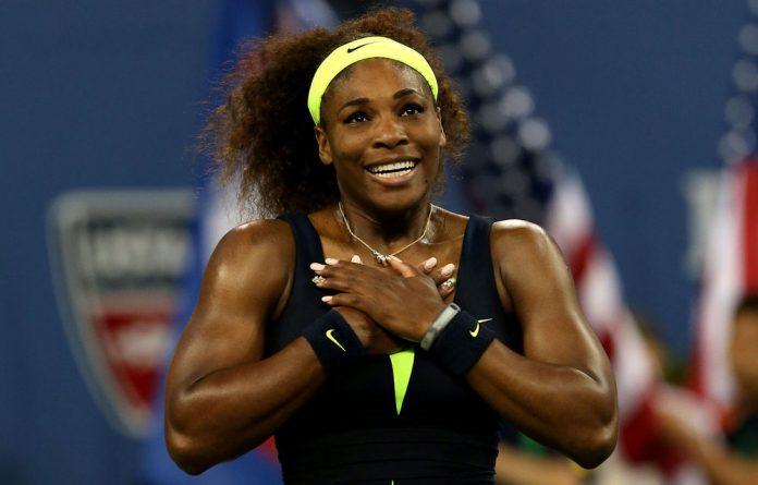 Serena Williams beat Australian Open champion and world number one Victoria Azarenka 6-2 2-6 7-5 on Sunday.