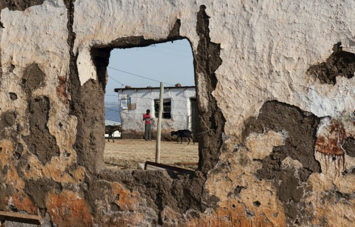 There are still 471 schools in the Eastern Cape that are made of inappropriate materials