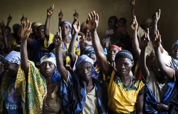 Amnesty International has called on the DRC to put an end to the fighting in the east of the country where several armed groups are committing abuses.