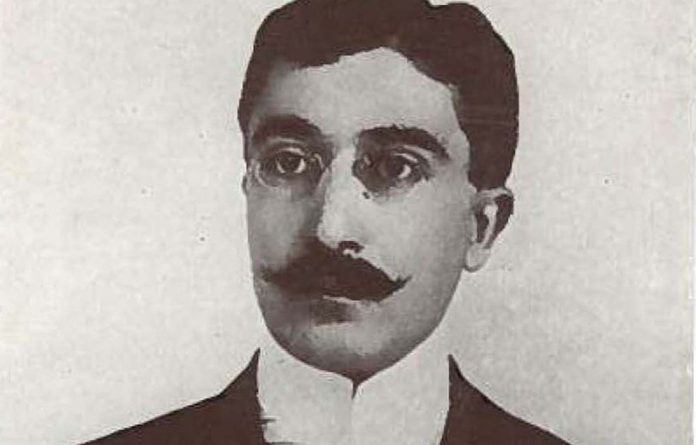 South African poet Don Maclennan was inspired by Constantine Cavafy and George Seferis.