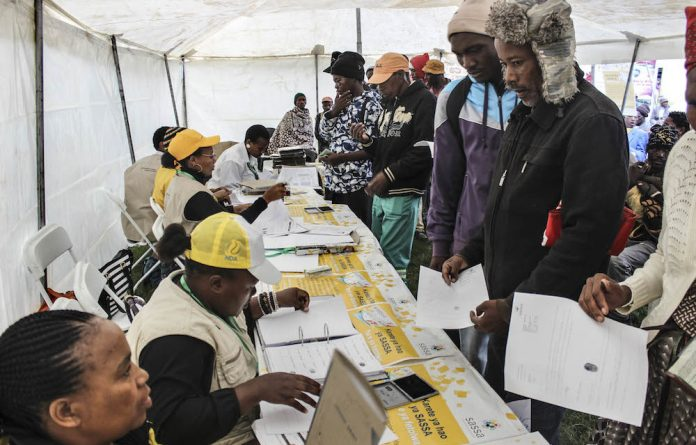 Pearl Bhengu assured grant beneficiaries that the current Sassa card will remain working until September 30.