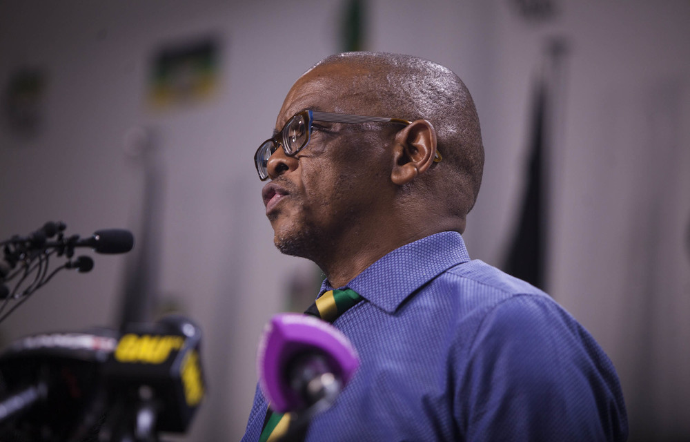 Magashule defies suspension order and KZN leaders' advice that he not address Zuma's supporters outside court
