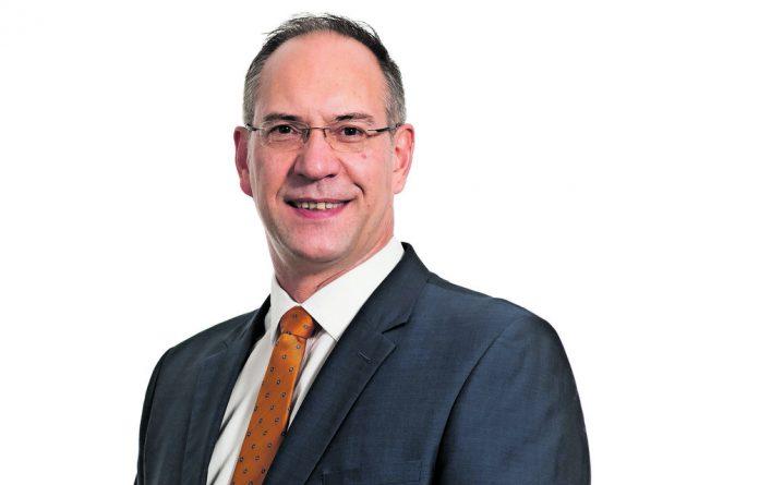 Professor Tiaan de Jager