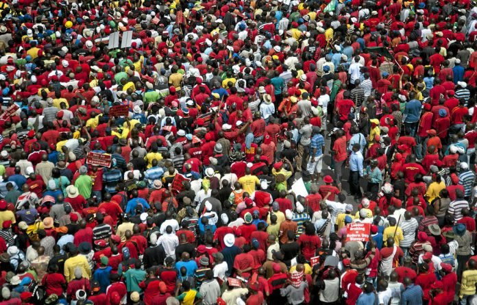 The Congress of South African Trade Unions was launched in Durban on December 1 1985.