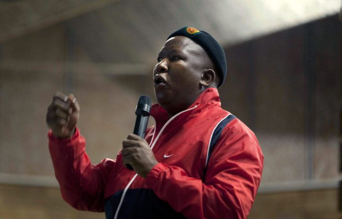 The Hawks are ready to arrest Julius Malema on charges of corruption and fraud.