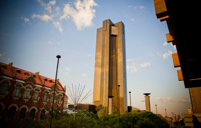 Reserve Bank shares come with an annual dividend of 10 cents