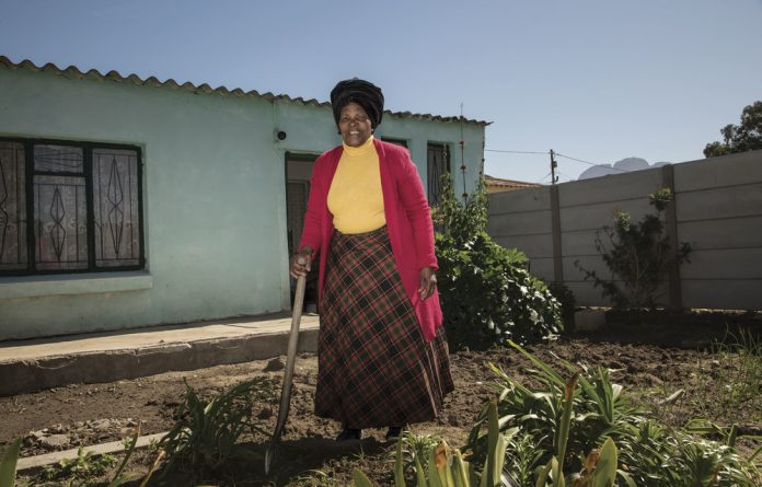 Esther Cenga moved from the Eastern Cape to Worcester in 1954 where she cleaned white families' homes. She forgot her bad experiences – until Shoprite was bombed in 1996 by right-wingers
