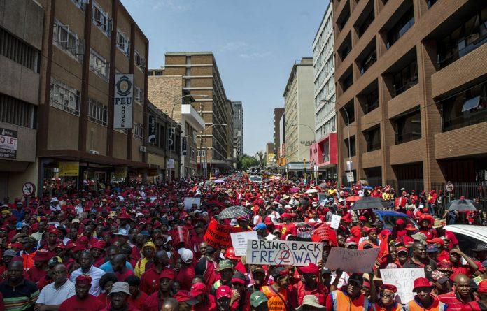 Free way: People in Gauteng