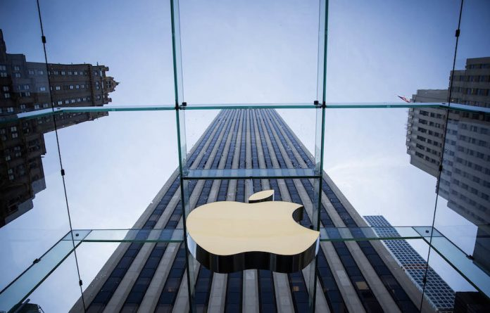 Apple on Thursday removed an app criticised by China for allowing protesters in Hong Kong to track police.