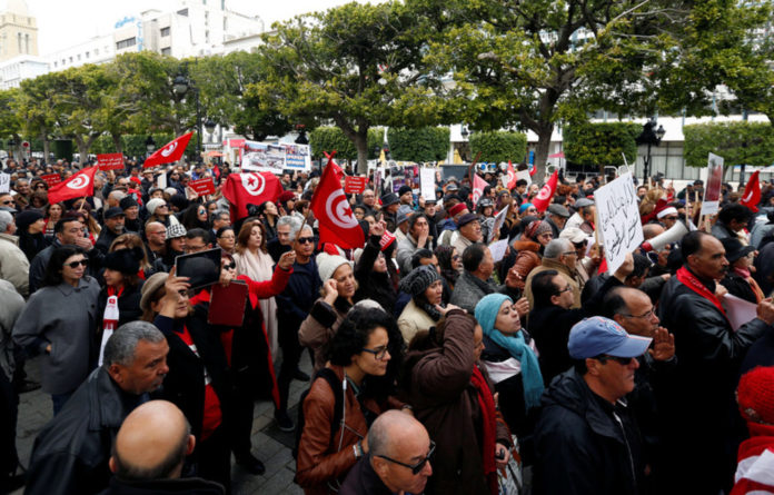 Tunisian and international observers have dismissed the prospect of systematic fraud in the country's second free presidential election by universal suffrage.
