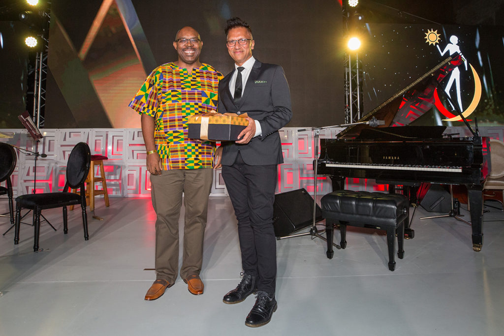 Best Public Performance winner – Institute for Creative Arts (ICA) Live Arts Festival 2018, curated by Jay Pather (right), with Creative Collections and Digital Humanities Chair Judge, Dr Andile Khumalo (left). (Courtesy of NIHSS)