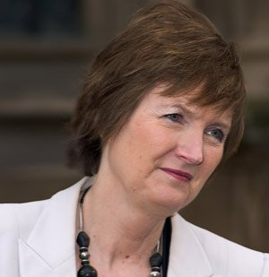 Harriet Harman, leader of the Commons, has called for an end to MPs switching their identity of their second home to maximise claims